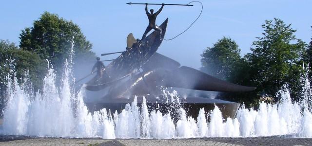 sSandefjord hvalfangst statue
